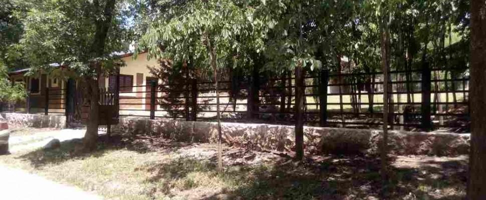 Casa c/ Piscina en Alquiler Temporario En Villa Parque El Peñón ESTECasa Grande