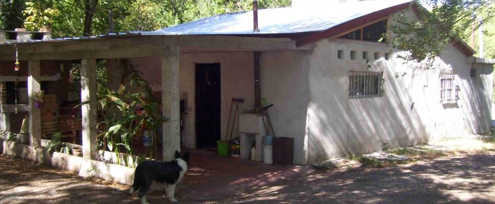 Casa c/piscina en VENTA -4000 m2 lote-Villa Parque . El Peñón Este-